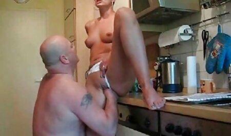 Frau free porn schlaffe titten masturbiert