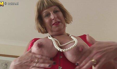 Milchige freie titen Brüste