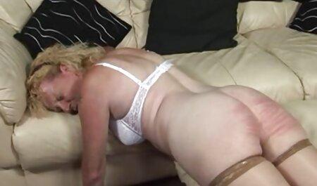 Frau in der gratis dicke titten filme Dusche