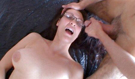 Babe In Latex Dessous gratis möpse gefickt und eingerahmt