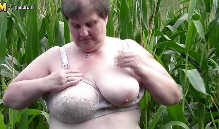 Super sexy brüste gratis Brünette mit tollen Titten