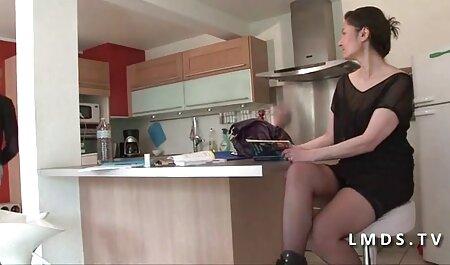 geschickte fette Dame Mira wird geile titten free Ihr Gesicht richtig geglättet