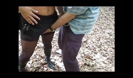 Amber kleine titten free porn spielt mit dem Schwanz