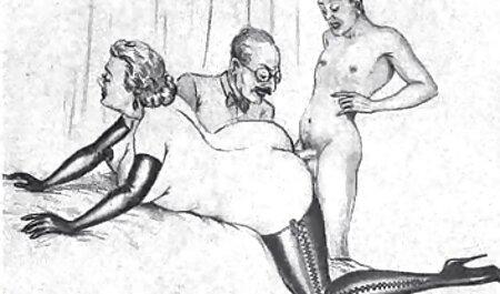 Redead in Strümpfen und High Heels bekommt Löcher gedehnt titten for free